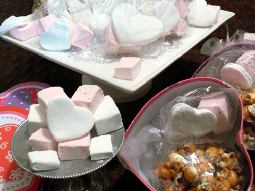 Gifts from the Heart: Maple Pecan Popcorn & Marshmallows